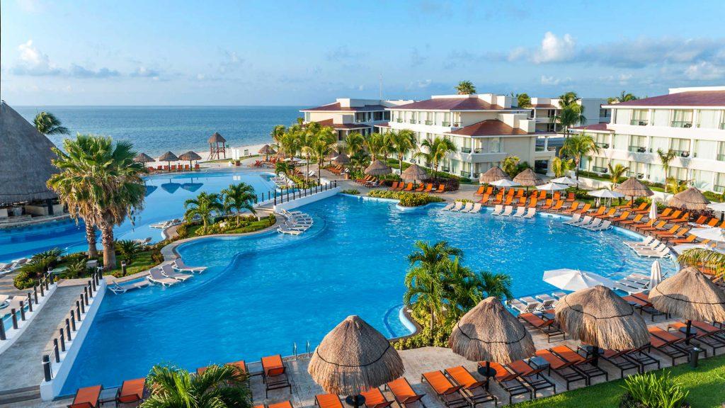 Timeshare-resorts-moon-palace-cancun